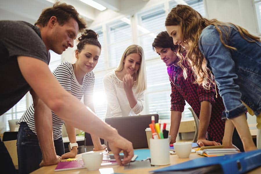 Marketing B2B: Equipe marketing e vendas